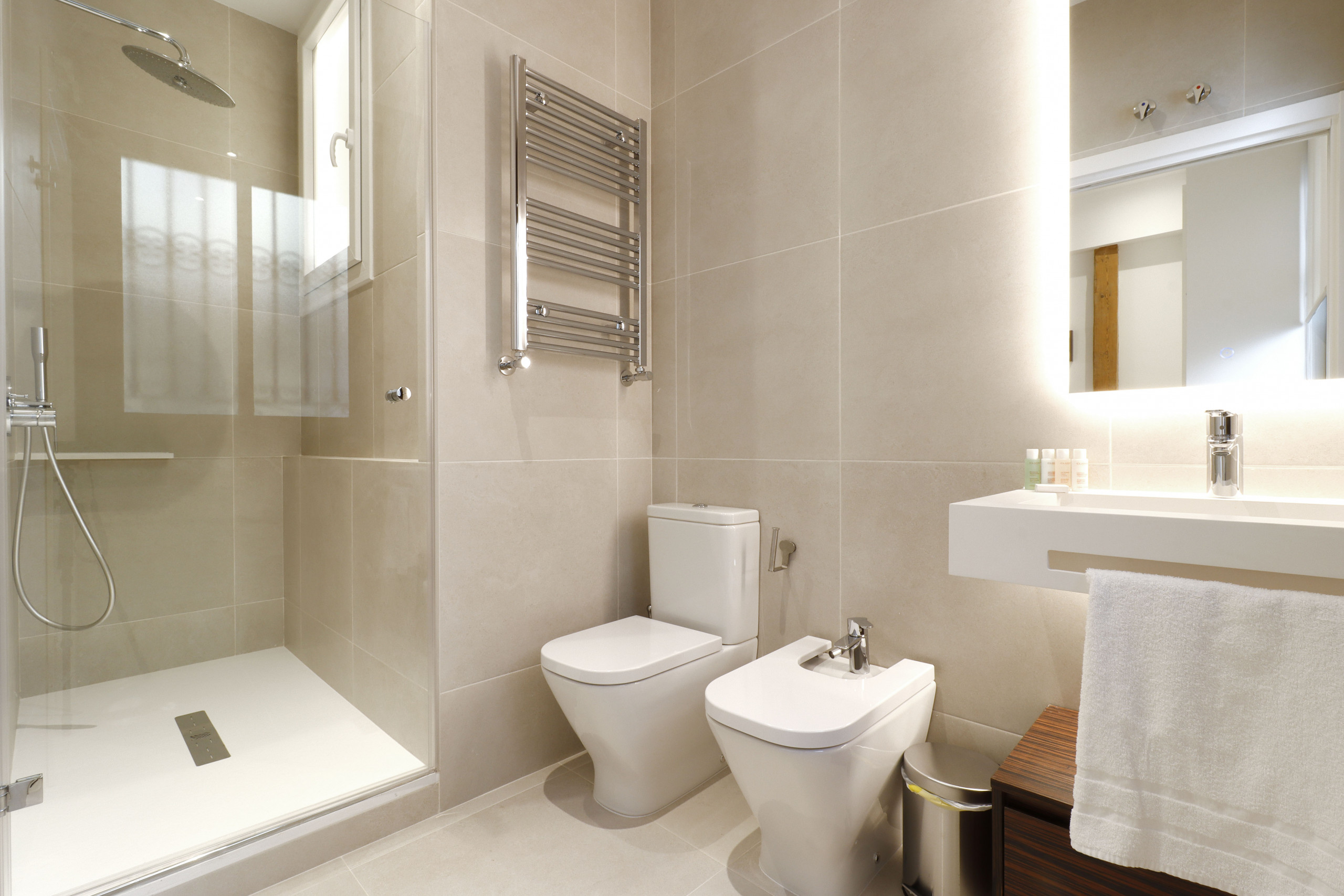 Baño ensuite - Reina Sofía Boutique II by Madflats Collection